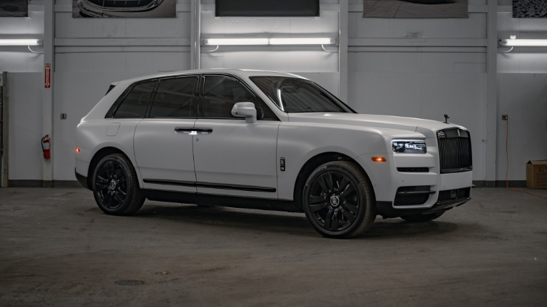 Used 2020 Rolls-Royce Cullinan Base for sale Call for price at Platinum Chicago in Lake Bluff IL 60044 2