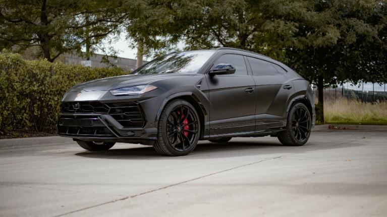 Used 2019 Lamborghini Urus Base for sale $229,553 at Platinum Chicago in Lake Bluff IL 60044 2
