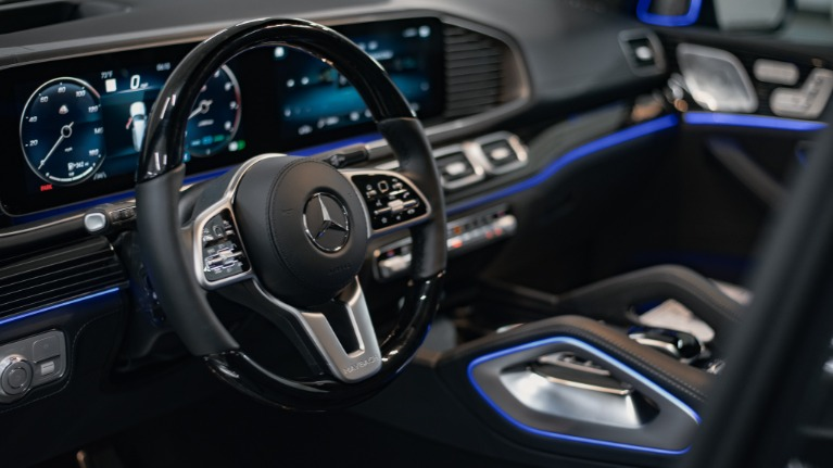 New 2021 Mercedes-Benz GLS-Class GLS600 4MA for sale Call for price at Platinum Chicago in Lake Bluff IL 60044 4