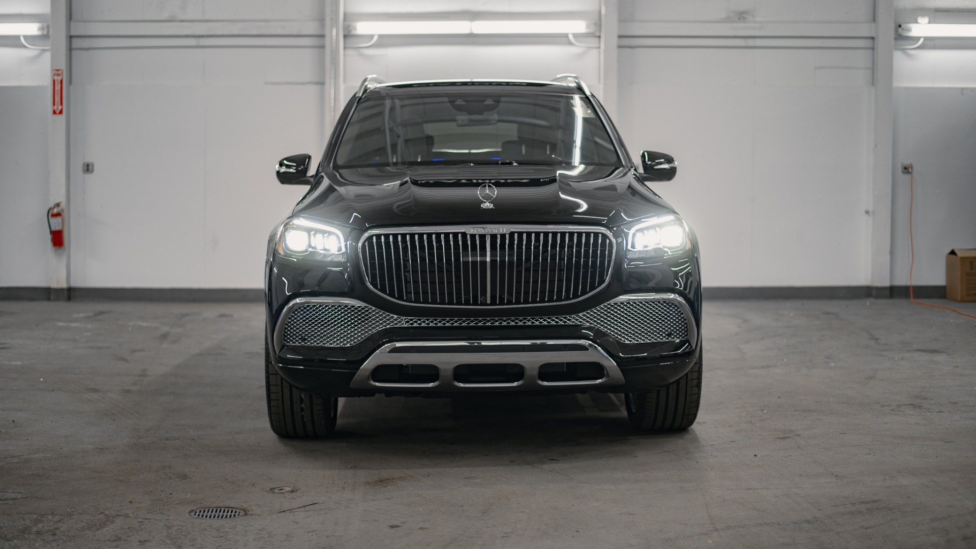 New 2021 Mercedes-Benz GLS-Class GLS600 4MA for sale Call for price at Platinum Chicago in Lake Bluff IL 60044 1