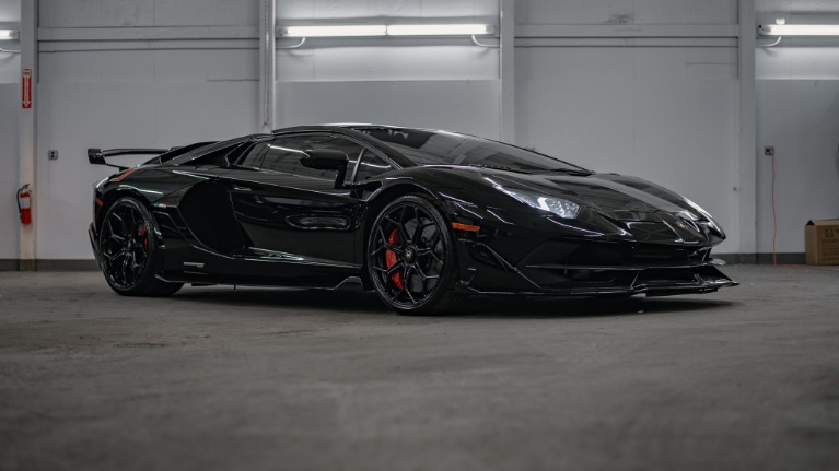 Used 2020 Lamborghini Aventador SVJ Roadst for sale Call for price at Platinum Chicago in Lake Bluff IL 60044 2