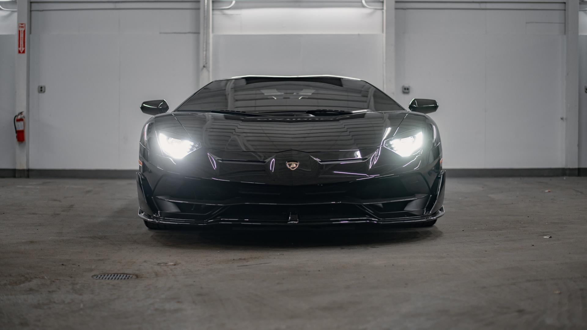 Used 2020 Lamborghini Aventador SVJ Roadst for sale Call for price at Platinum Chicago in Lake Bluff IL 60044 1