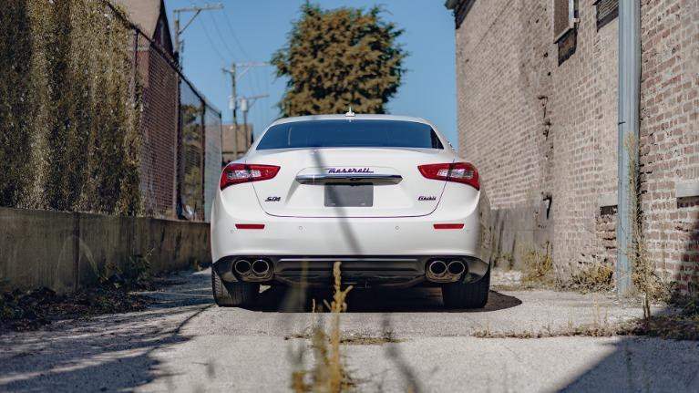 Used 2017 Maserati Ghibli S Q4 for sale Sold at Platinum Chicago in Lake Bluff IL 60044 3