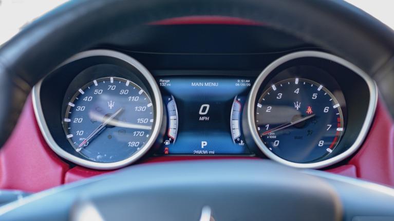 Used 2017 Maserati Ghibli S Q4 for sale Sold at Platinum Chicago in Lake Bluff IL 60044 5
