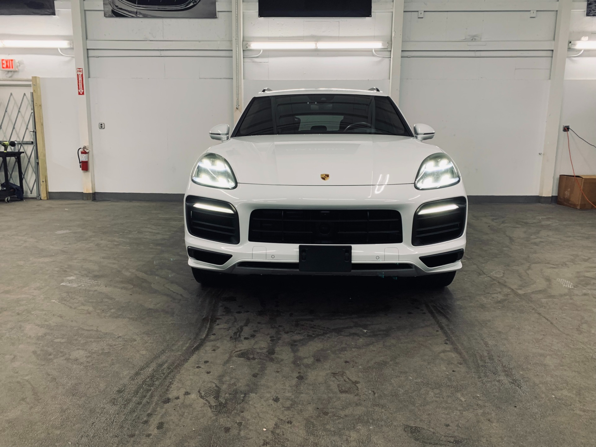 Used 2019 Porsche Cayenne S for sale $89,999 at Platinum Chicago in Lake Bluff IL 60044 1