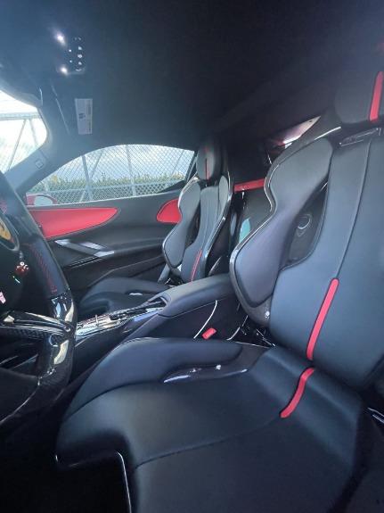 Used 2021 Ferrari SF90 Stradale for sale $999,995 at Platinum Chicago in Lake Bluff IL 60044 6