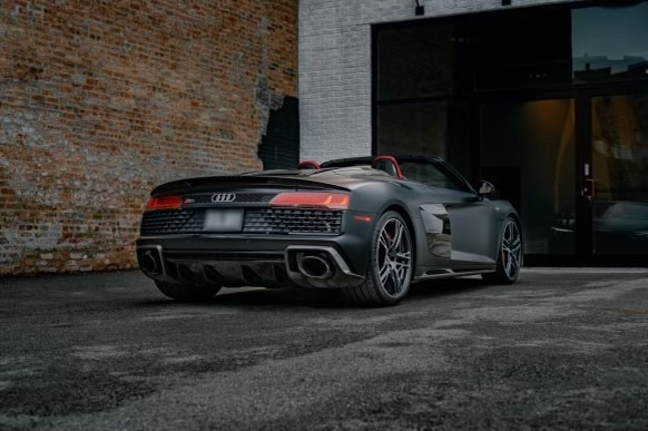 Used 2021 Audi R8 5.2 V10 Spyder for sale $179,999 at Platinum Chicago in Lake Bluff IL 60044 2