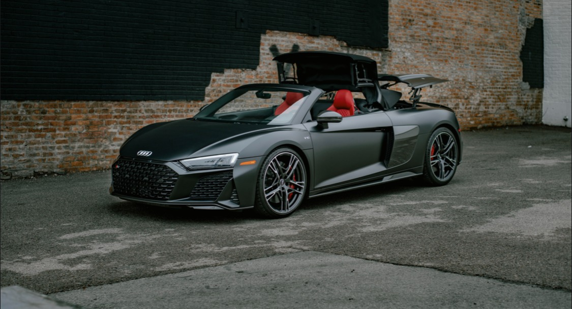 Used 2021 Audi R8 5.2 V10 Spyder for sale $179,999 at Platinum Chicago in Lake Bluff IL 60044 1